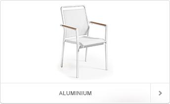 Helemaal Hip, Stoelen van Aluminium